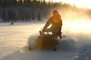 peter_grant-snowmobil-1250