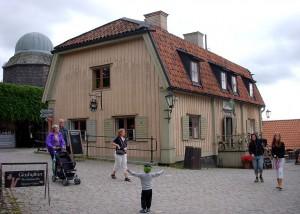 1024px-Skansen_Stora_Gungan_2009b