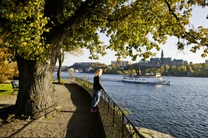 Autumn View_from_Djurgarden_archipelago_boat_Photo_Jeppe_Wikstrom_High-res