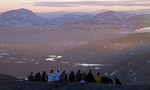 riksgransen_Midnight_sun_skiing_Terje_Pedersen